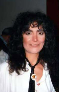 Mia Martini was the first winner of the Critics Award, in 1982. The Award was later dedicated to her memory.