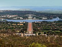 Canberra, located in the northern end of the territory, is an entirely planned city.
