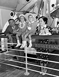 Burns, Allen and children just before they sailed for Hawaii in 1938