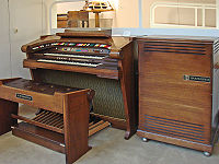 Hammond started making transistor organs by the mid-1970s