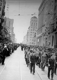 RAAF recruits marching on Queen Street, 1940