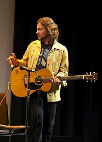 Vedder performing at the premiere for Body of War at the 2007 Toronto International Film Festival