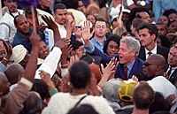 """Clinton at a Democratic """"Get out the vote"""" rally in Los Angeles, California, on November 2, 2000"""
