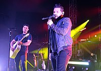 Dan + Shay country pop music duo composed of vocalists and songwriters