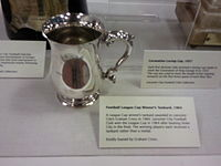 Rather than the traditional medal, each member of the League Cup-winning team used to receive a tankard. Today, winning players receive medals.
