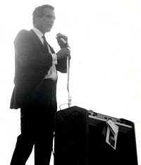 Newman at a political rally for Eugene McCarthy in 1968