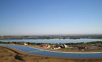 Picture of Lake Palmdale with the California Aqueduct in the foreground.