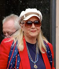 Diane Ladd in 2013 at the Hollywood Walk of Fame to honor actress Olympia Dukakis