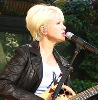 Cyndi Lauper performing in 2008