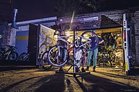 Free place with instruments and friendly people to fix your bike