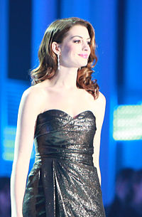 Hathaway at the Nobel Peace Prize Concert (in 2010), which she hosted with actor Denzel Washington