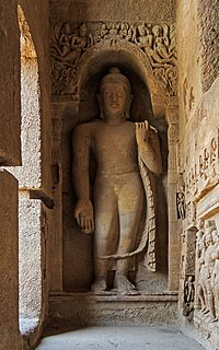 Kanheri Caves contain Buddhist sculptures and paintings dating from the 1st century CE to the 10th century CE.
