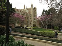 The front lawn of UCLA's Kerckhoff Hall, as seen during the orientation scene in Legally Blonde.