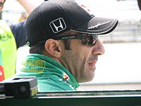Kanaan at the Indianapolis Motor Speedway for the second day of qualifying of the 2009 Indianapolis 500.