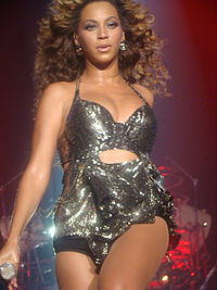 """Beyoncé performing """"Crazy in Love"""" during her 4 Intimate Nights with Beyoncé revue."""