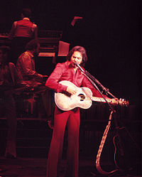 Diamond performing on opening night of the Theater For the Performing Arts at the Aladdin Hotel & Casino, on July 2, 1976.