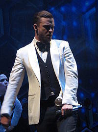 Justin Timberlake performing on his 20/20 Experience World Tour in 2014