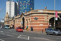 Leicester railway station lies on the eastern side of the city centre on the A6 London Road.