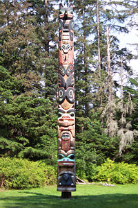 The K'alyaan Totem Pole of the Tlingit Kiks.ádi Clan, erected at Sitka National Historical Park to commemorate the lives lost in the 1804 Battle of Sitka.