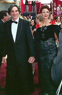 Day-Lewis with wife Rebecca Miller at the 2008 Academy Awards