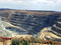 Gold mine at Ravenswood in North Queensland: Mining is one of the state's major industries