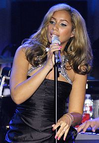 Lewis performing at the Clive Davis Pre Grammy Gala in 2009