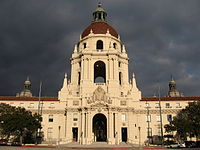 The exterior of the Pawnee government building, and several of the hallway scenes, were shot at Pasadena City Hall.