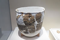 10,000 years old pottery, Xianren Cave culture (18000–7000 )