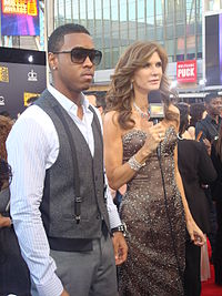 Jeremih with Julie Moran at the 2009 American Music Awards
