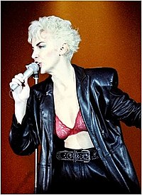 Annie Lennox performing during Revenge Tour in 1986