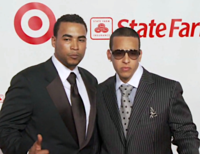 Don Omar (left) and Daddy Yankee (right) at 2009 Latin Billboard Music Awards red carpet