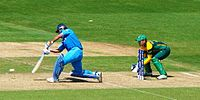 Dhoni batting against South Africa during the group stage match of 2013 ICC Champions Trophy
