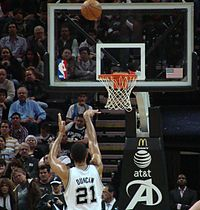 Duncan shooting a free throw in 2010.