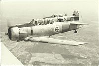 Training of pilots of the Portuguese Armed Forces in the early 1960s, in T-6 aircraft