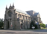Cathedral Church of St. Paul (Detroit) (Episcopal), by Ralph Adams Cram (1907). Location of the funeral of American industrialist Henry Ford in 1947.