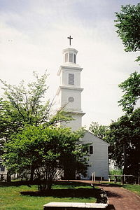 """St. John's Episcopal Church is the oldest church in Richmond, Virginia, and the site of the Second Virginia Convention where Patrick Henry delivered his """"Give me liberty or give me death"""" speech."""