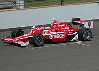 Practicing for the 2007 Indianapolis 500