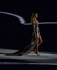 Bündchen at the opening ceremony of the 2016 Summer Olympics in Rio de Janeiro