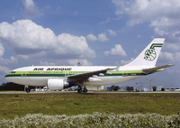 An Air Afrique Airbus A310-300 at Charles de Gaulle Airport in 1991. That year the carrier received the first aircraft of the type.