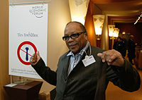 Jones during an annual meeting in 2004 of the World Economic Forum in Davos, Switzerland, January 21, 2004