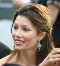 Biel at the 81st Academy Awards in 2009