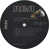 Standard RCA Victor label used on vinyl LPs from 1976 to c. 1990; 45 rpm records used a similar label.