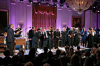 Timberlake (center) and Steve Cropper performing at the White House, 2013