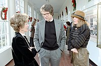 Beatty with Diane Keaton and First Lady Nancy Reagan, at a White House screening of Reds (1981)
