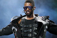 Usher performing in 2010