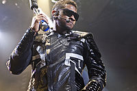 Usher on the OMG Tour in 2010