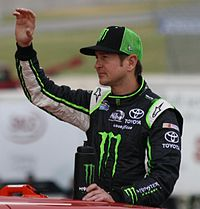 Kurt Busch won the race, after passing Bobby Labonte with ninety-five laps remaining.