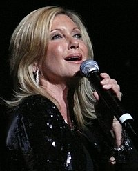 Olivia Newton-John singing in Sydney in 2008