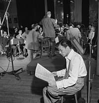 Sinatra with Axel Stordahl at the Liederkrantz Hall in New York, c.undefined 1947
