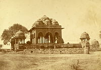 An 1858 photograph by Felice Beato of a mosque in Meerut where some of the rebel soldiers may have prayed